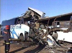 ابشع حوادث السيارات في العالم 3ma90s3n.jpg